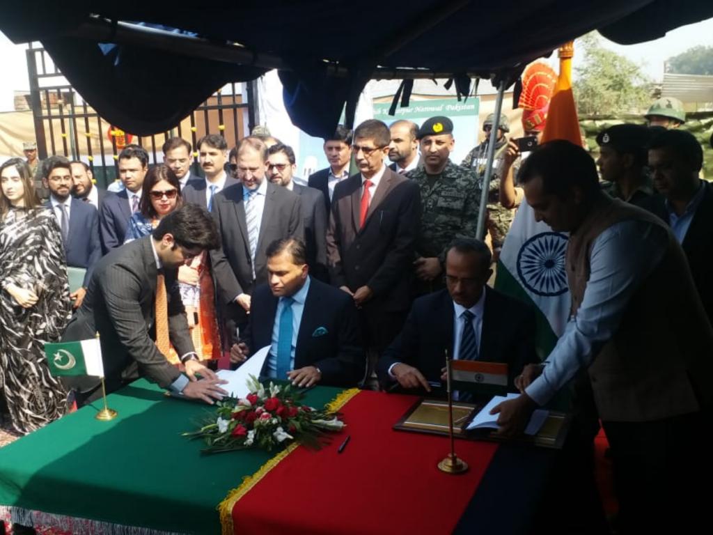 indo-pak sign kartarpur agreement